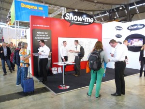 Show-me stand